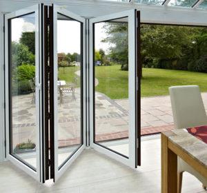 Bi-folding door hinges